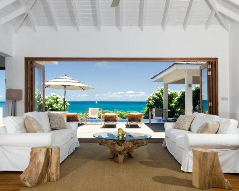Lounge i en av Tribu Beach Clubs villor